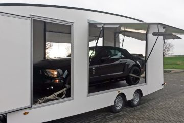 Our 5th wheel trailer is designed for transporting exclusive cars in securely
